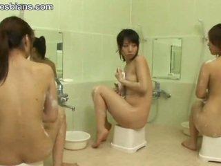 mehr lesbisch sehen, teen überprüfen, asiatisch kostenlos