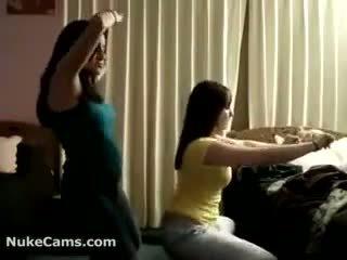 Câmara meninas a partir de turkey a dançar