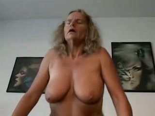 Ina at lalaki