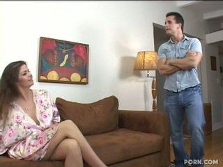 Dögös step-mom baszás neki fiú