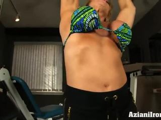 Mature Female Bodybuilder Works Out Naked