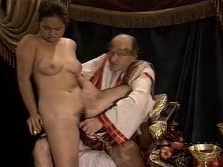 Азіатська молодий дівчина кастинг зроблений по старший & товста дідусь