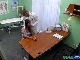 een neuken, dokter, zien verborgen cams mov