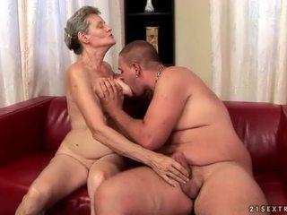 groot zuigen scène, nominale oud video-, hq grootmoeder mov