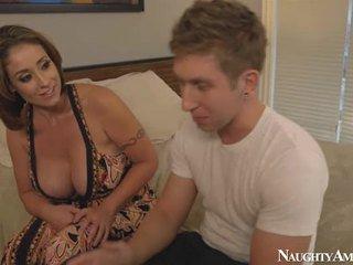 Bigtitted Mum Eva Notty Making Love