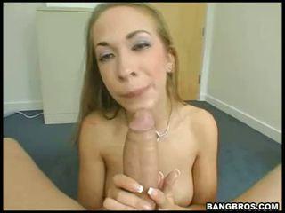 Divoký blondýnka pornstar jamie elle swallowing a mbootyive meat bone