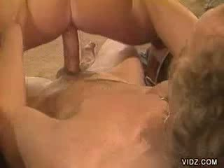 Sexy biondo bambola loves getting slit screwed