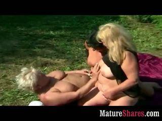 Lezbické babka fatties von orgia