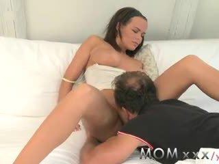 brunette, kissing, orgasm, foreplay