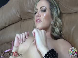 Carmen Valentina moaning Dirty talking oral