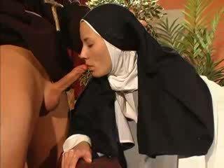 প্রেম, nun, priest