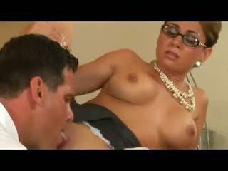 kwaliteit doggystyle porno, ideaal paardrijden, bril video-