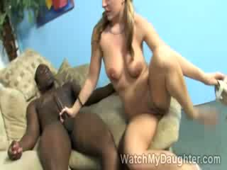 babey blondie Avy Scott enjoys meaty black schlong