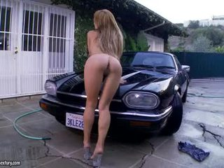 Alexa Nicole Dialing The Pink Clits Whilst On Car Hood