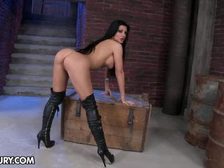 Aletta Ocean Sexy Porn Star Show You Her Pussy