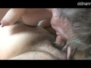Noor guy licking vana karvane tussu kohta vanaema video