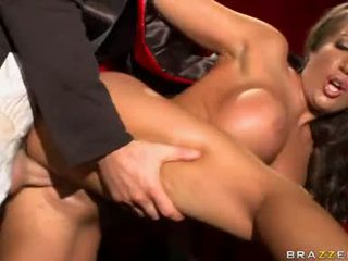Richelle Ryan Hot Assistant Fuck By A Lustful Magician