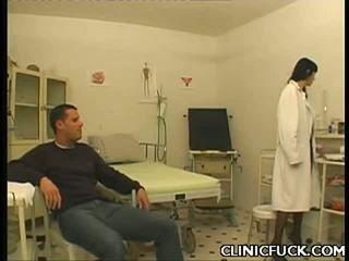 Glamorous Doctor Engulfing Dick