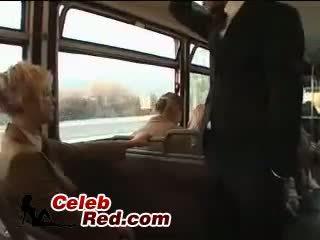 সাদা স্কুলগার্ল maniac অপব্যবহার জাপানী guy মধ্যে বাস সঙ্গে