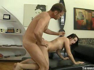 黑妞 新, 性交性爱, 质量 硬他妈的