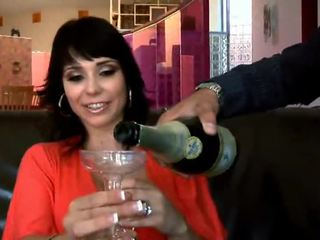 Couple Porn Sluts Relax Nearly Champagne Until Sex