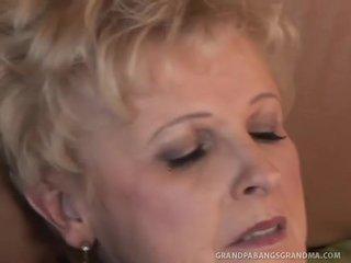 zuigen porno, meest oud, vers oma