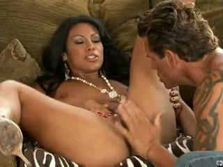 Latina CasSandra Cruz Eaten And Mouth Drilled