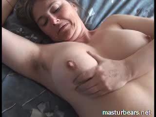 Orgasme bij thuis rondborstig frans milf martine video-