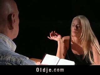 Oldje: chelsey lanette banged s an old bald man