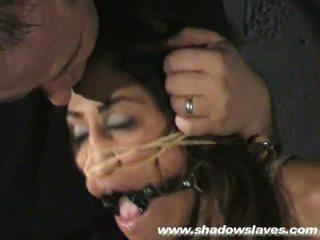 Sahara knite humiliating 顔 ボンデージ と spanked