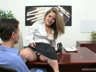 Midget Boss Mya Fucks An Applicant