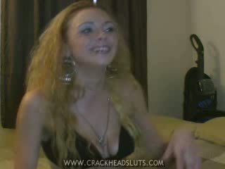 Crackhead insane mergaitė kalbėti
