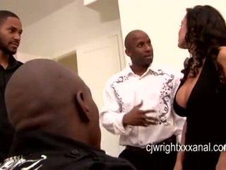 Lisa Ann - Lady MILF gangbanged by blacks guy