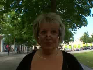 Carole orang peranchis matang dubur fucked