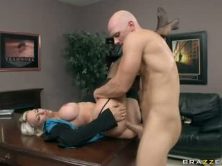 Emma Starr Spunk In The Mouth And On Face With Ejaculation