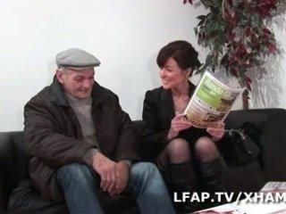 熟女 francaise prise en double penetration par wil et papy