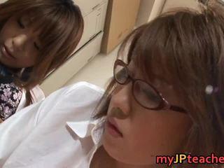 Seksowne azjatyckie lesbijki are teachers