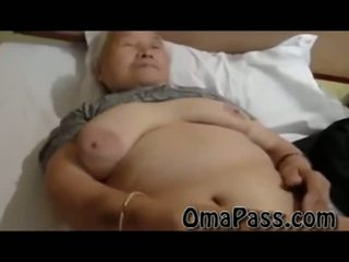 Sangat lama gemuk japanes nenek seks / persetubuhan jadi keras dengan satu lelaki video