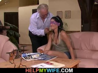Vicious abielunaine gets perses sisse front kohta tema abielumees