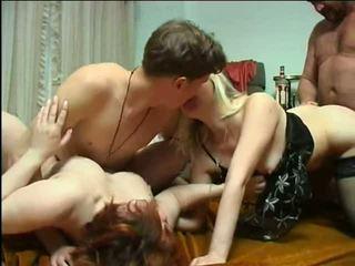 集団セックス