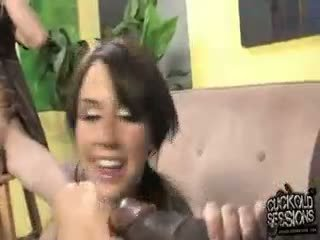 mooi brunette porno, groot realiteit film, kwaliteit pijpbeurt