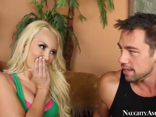 Sweetie aaliyah armastus having porno