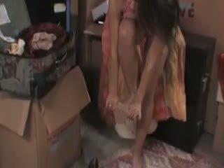 Megan jones cleans/fucks sisse the kelder