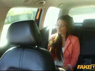 Amateur Liona fucked for a free cab fare