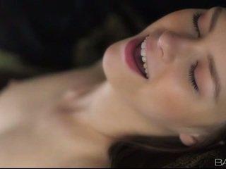 brunette, plezier hardcore sex, u orale seks