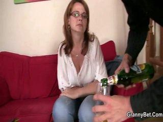 nominale realiteit video-, kwaliteit oud seks, grootmoeder