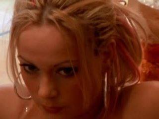 blondjes, een trio, beroemdheden seks