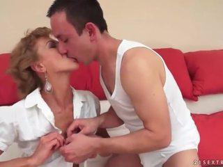 več hardcore sex poslano, več oralni seks video, lepo suck
