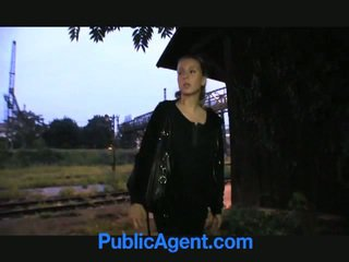 Blondinke najstnice fucks javno agent