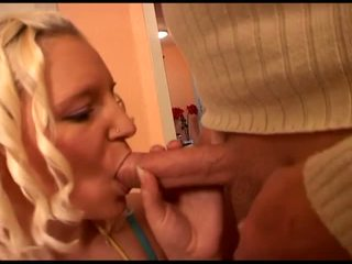 Porner Premium: Blonde punishment!
